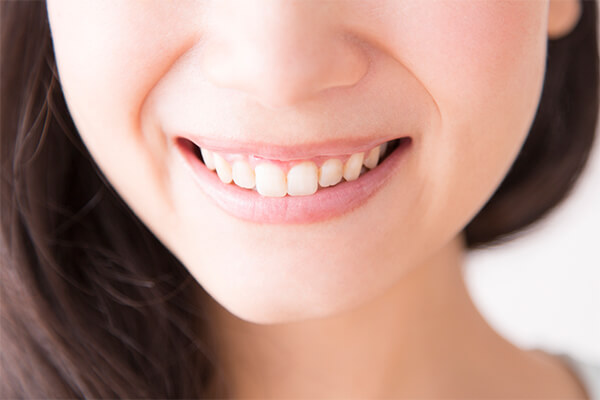 歯茎の黒ずみを解消して健康なピンク色に